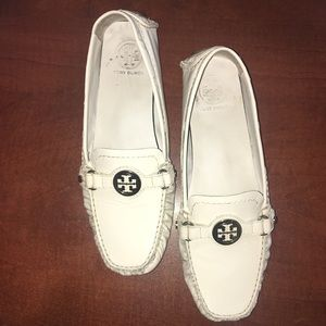 Tory Burch white patent leather loafers moccasins